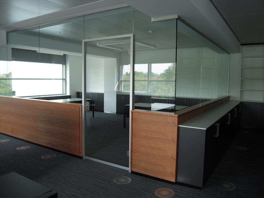 System 300 – Glastrennwände